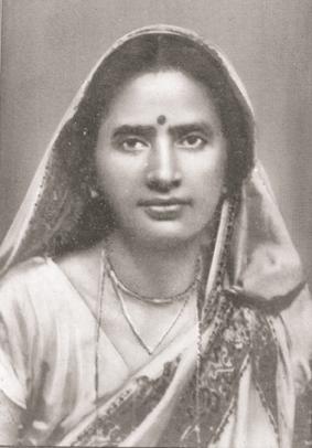 ইনিই হলেন আমোদিনী দাশগুপ্ত